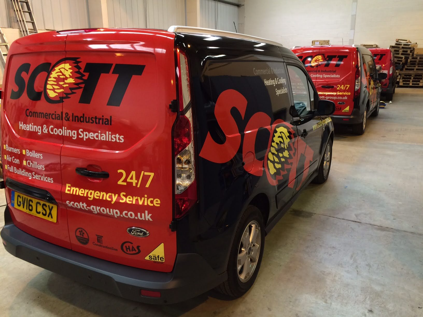 Vehicle fleet signage by Signright Graphics